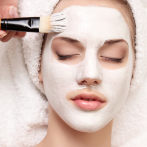 facial mask with brush